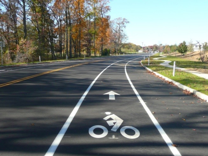 Roadway/Bike Path Design on Estates Blvd.